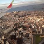 le vue depuis l'avion pour le groupe du séjour de vacances à l'étranger